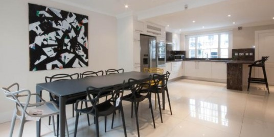 5 Bedroomed house In Kensington