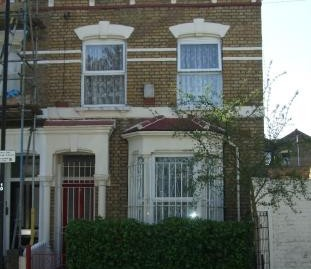 3 bedroom end of terrace Victorian property