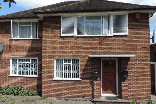 Two bedroom garden flat to rent.
