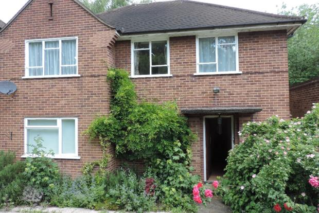 Two double bedroomed first floor house conversion flat