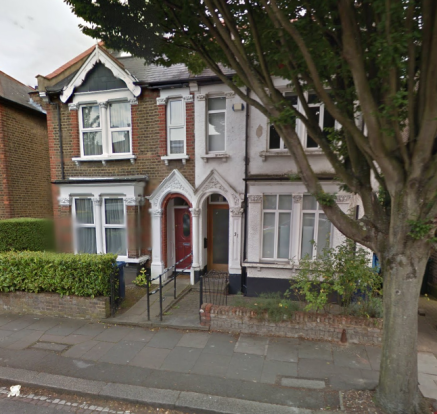 4 Bedroom Semi Detached House with 3 bathrooms