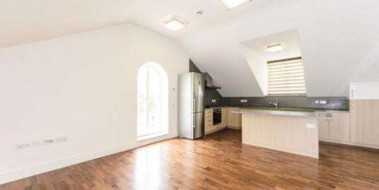 Stunning five bedroom flat