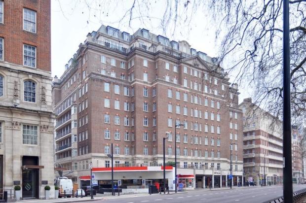 Amazing 4 bedroom flat In Oxford Street