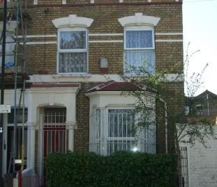 3 bedroom end of terrace Victorian property